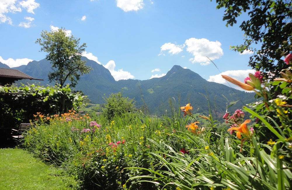 Frühling in den Südtiroler Bergen