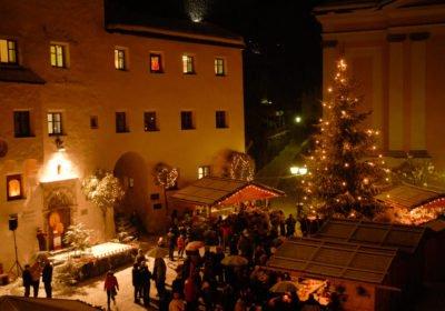 Weihnachtsmärkte und Kultur zur Adventszeit in den Dolomiten